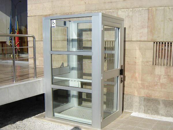 quercy rouergue ascenceur ascenseurs privatifs si ges monte escaliers installation service. Black Bedroom Furniture Sets. Home Design Ideas