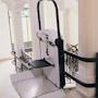 Plate forme monte escalier pour fauteuil roulant